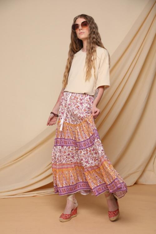 חצאיות ארוכות מעוצבות