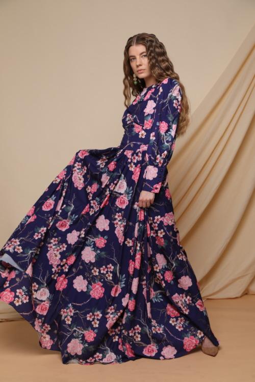 שמלה פרחונית