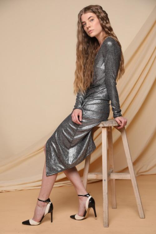 שמלה כסופה