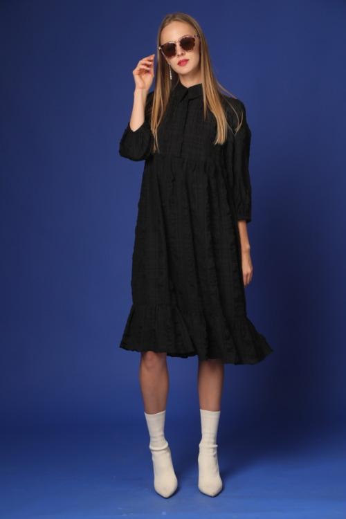 שמלה צנועה שחורה