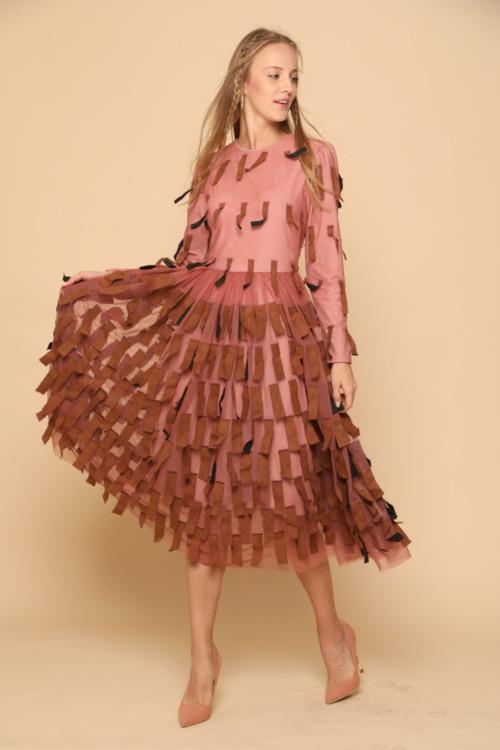 שמלה צנועה מדהימה לאירועים